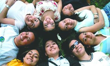 Cancillería entrega 900 becas a Mexicanos para que continuen estudios en EU