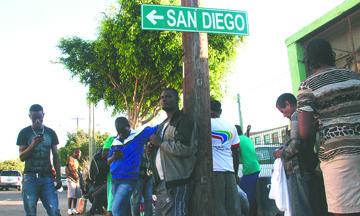 El sueño americano de los haitianos acaba en la frontera entre Tijuana y San Diego