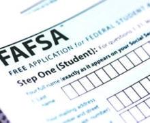 ¿Qué pasa después de llenar la FAFSA?