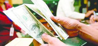 Dólar abre en 18.13 pesos a la venta en sucursales bancarias