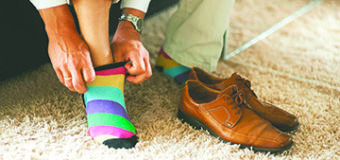 Cómo puede afectar a la salud de tus pies el hábito (o la moda) de no llevar calcetines
