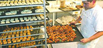 A las pequeñas empresas latinas se les resiste el crédito