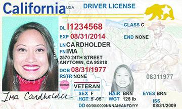 """¿Necesito obtener la nueva licencia de conducción """"Real ID"""" si vivo en California?"""