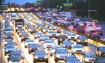Nueve leyes nuevas para quienes van al volante en California