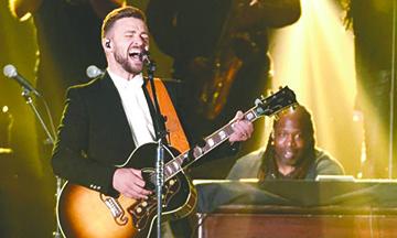 Piden a Justin Timberlake que se comporte en el Super Bowl