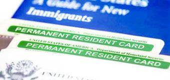 """USCIS alerta sobre destrucción de """"Green Cards"""" y otros documentos no reclamados"""
