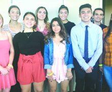 Presentación de Becas para Graduados de Escuelas Secundarias Locales