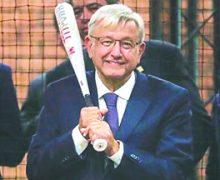 López Obrador participará en Partido junto a figuras del Béisbol
