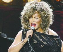Tina Turner regresa al número uno de Billboard