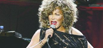 Tina Turner regresa al número uno de Billboard
