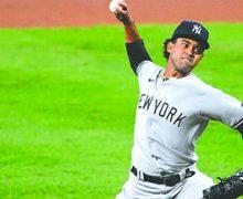 Dominicano Deivi García va en segundo por Yankees en apertura histórica