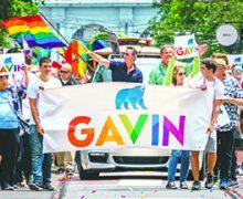El Gobernador Newsom celebra la firma de leyes que los Californianos opusieron firmemente