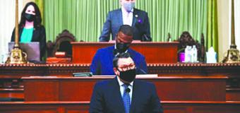 California Está Siendo Invadida por Pésimas Propuestas de Ley
