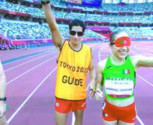 Mónica Rodríguez y su guía Kevin Aguilar ganan oro en los Paralímpicos